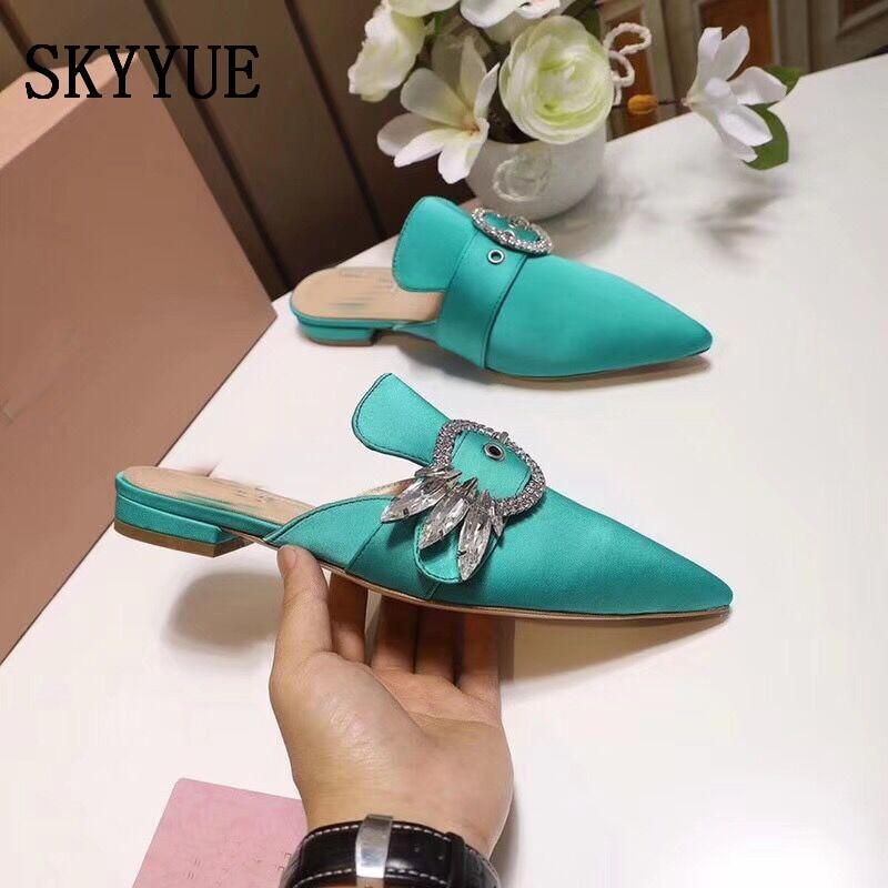 Здесь продается  2018 New Satin Crystal Beding Pointed Toe Women Slippers Slip On Women Summer Sandals Shoes Women  Обувь