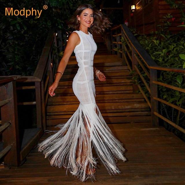 904bcfde0e12ba 2019 été nouveau femmes longue robe Sexy blanc dentelle Perspective sans  manches gland moulante piste de soirée Vestidos
