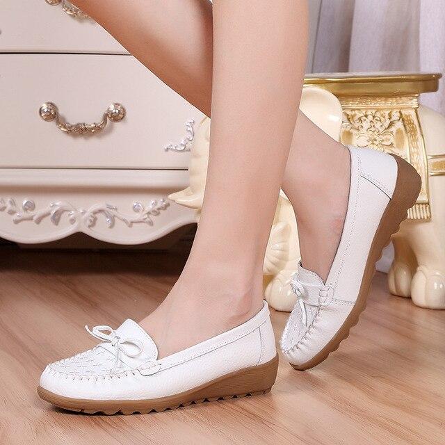 2017 Nurse Shoes Women Flats Oxford Shoes Soft Leather Work Shoes Fashion Driving Shoes Hot Sale B214