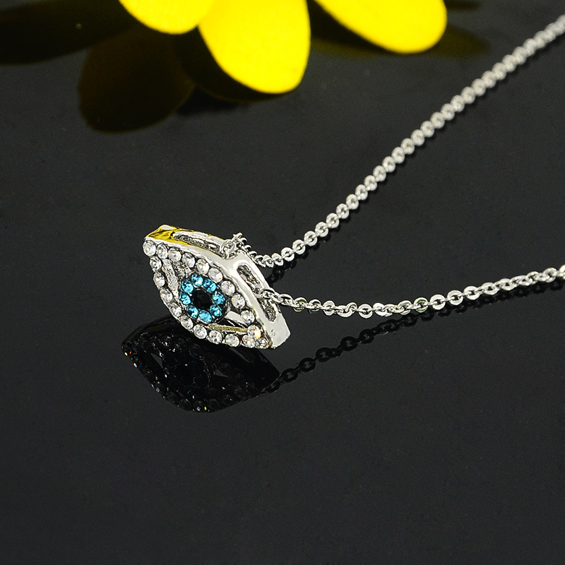 Charm Necklace Chain Pendants Fashion Jewelry Luck Arab Evil Eyes Silver-Color Blue Vintage