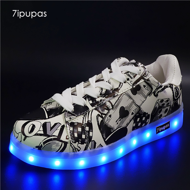 quality design aa2b0 c69b5 US $12.92 |7ipupas Unisex Rechargeable led sneakers light up shoe 11 kinds  of luminous sneakers flashing Fluorescent superstar glowing shoe-in ...