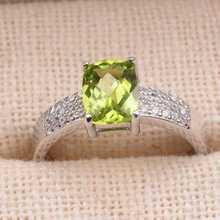 Naturel vert péridot Anneau Naturel olivine Anneau S925 sterling argent à la mode élégant Épais lourd bras femmes partie fine Jewelry