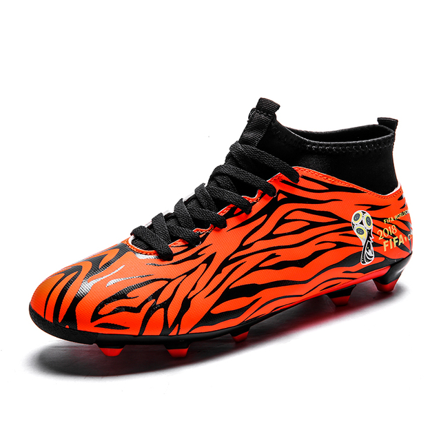 Men Outdoor Soccer Cleats Shoes FG Ankle Top Football Boots Soccer Training  Sneakers Women Sports Shoes Chuteira Futebol 8e1e810b27