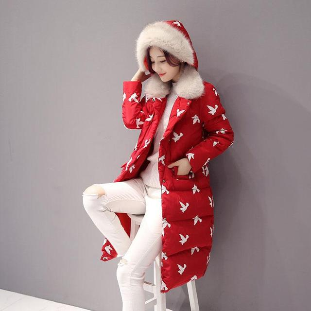 2016 Mulheres de Inverno Moda Gola De Pele Hoodies Casaco Acolchoado Manual Withe Pássaro Bordado Grande Jaqueta