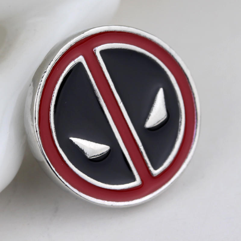 RJ Fashion Anime Cartoon Deadpool Metal Alloy Brooches Pins Marvel Ghostbusters Mask Face Badge Women Men Shirt Brooch Gift