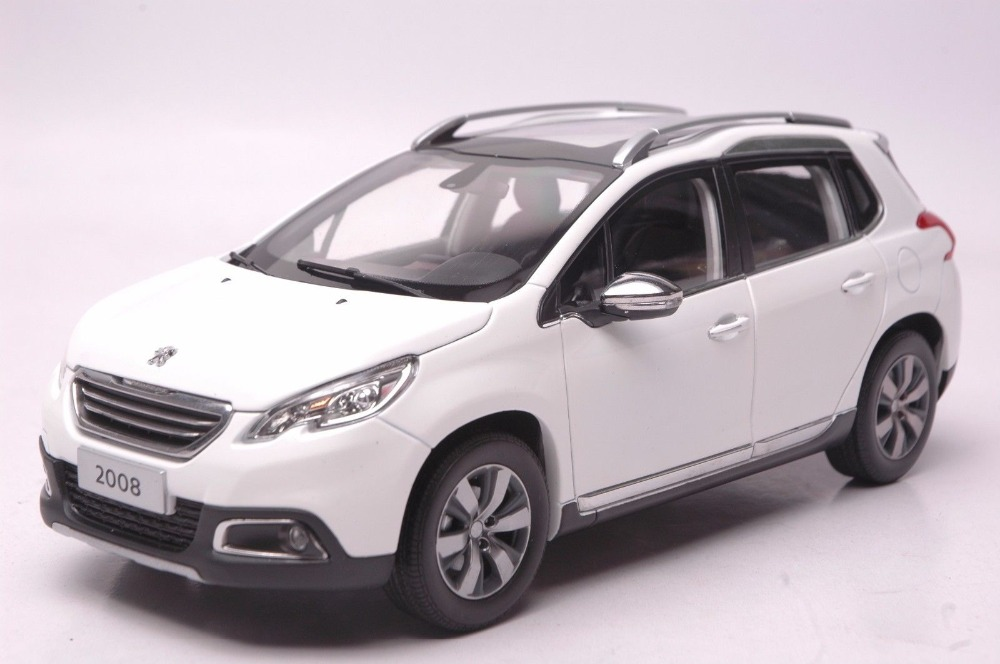 1:18 Diecast Model Car for Peugeot 2008 White SUV Alloy Toy Car Collection CRV CR V maisto bburago 1 18 fiat 500l retro classic car diecast model car toy new in box free shipping 12035