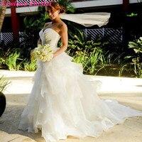 Incrível 2018 Branco Ruffles Sweetheart Frisada Organza Vestidos de Casamento de Praia Vestidos de Noiva Vintage vestido de novia