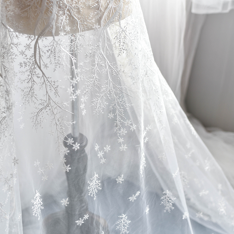 130cm 100cm French snow flowers Lace Fabrics for wedding dress off white lace embroidered applique DIY party dresses fabrics in Lace from Home Garden