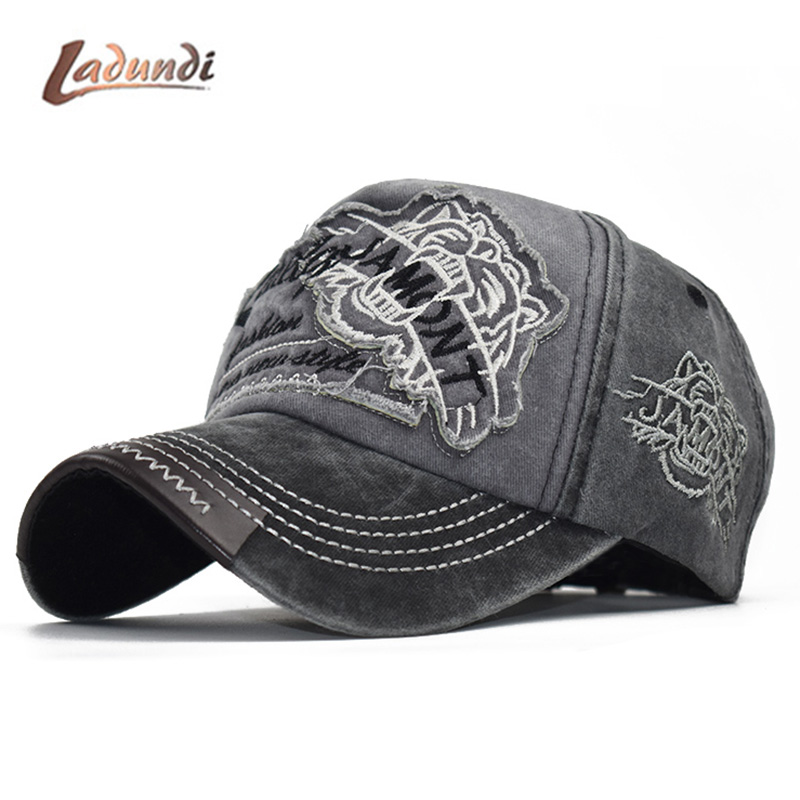 Fashion Men's   Baseball     Cap   with Pattern Fitted   Cap   Snapback Hat Men Gorras Casual Casquette Embroidery Letter   Cap   F367