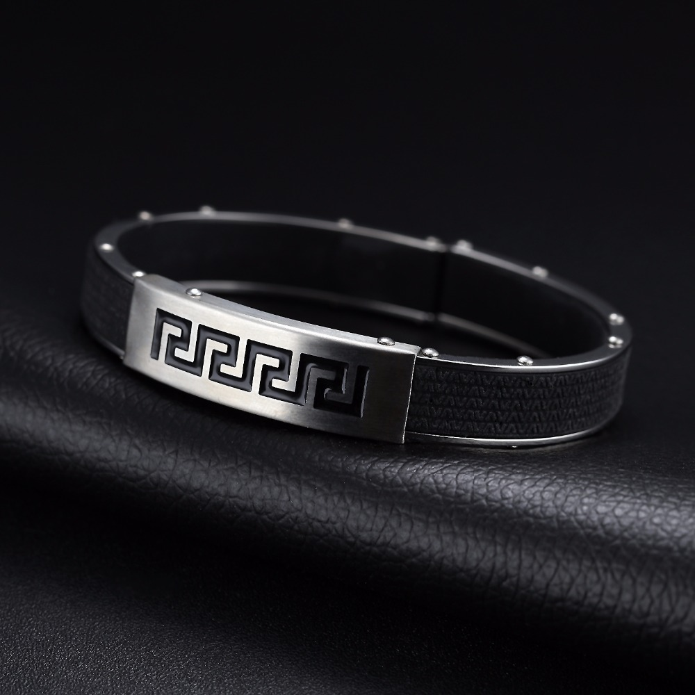 Men of the Great Wall grain bracelets Mens leather bracelet Europe and the United States stainless steel bracelet