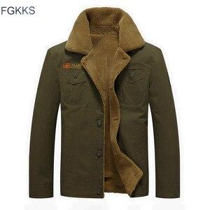 Image 2 - Fgkks 2020 男性ジャケットコート冬軍事爆撃機ジャケット男性 jaqueta masculina ファッションデニムジャケットメンズコート