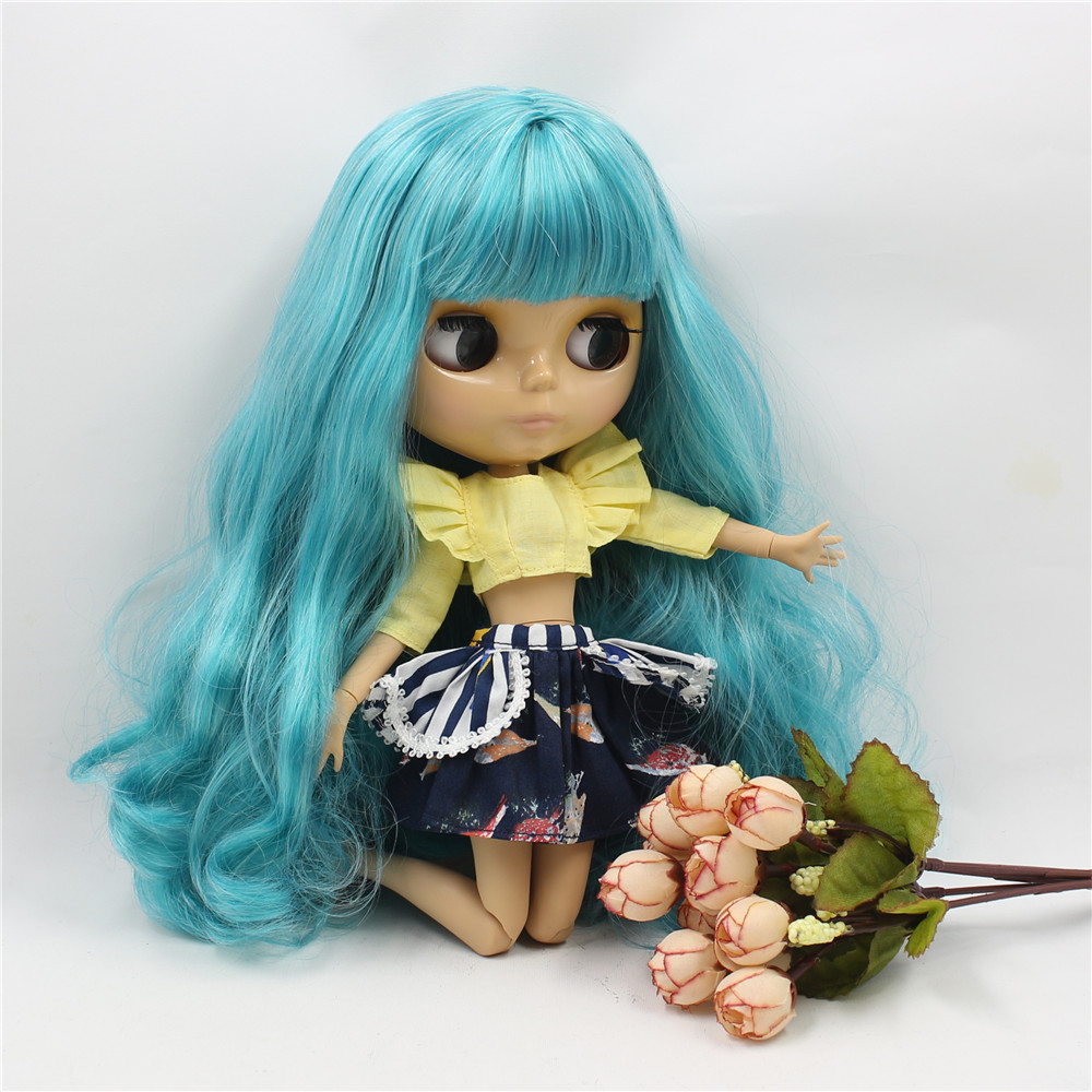 Neo Blythe Doll with Turquoise Hair, Tan Skin, Shiny Face & Jointed Body 3