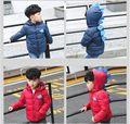 Los bebés Calientes del Invierno Parkas Niños Moda Con Capucha Chaquetas Niños Carácter-patrón de la Capa de Abrigo de Alta Calidad