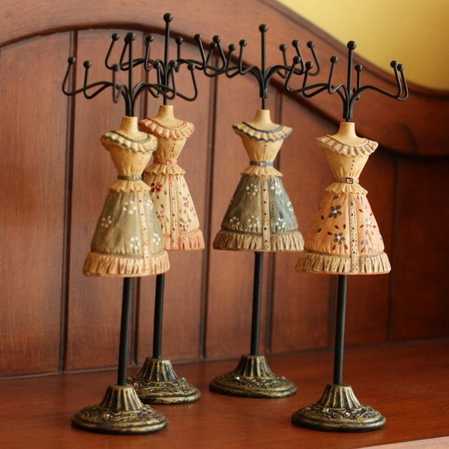 free shipping Fashion vintage princess dress skirt jewelry stand holder display model accessories watch necklace earrings rack