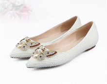 купить New arrival pearls pointed toe flat shoes sweet diamonds butterfly ballet flats Fashion women wedding shoes EU35-41 BY525 дешево