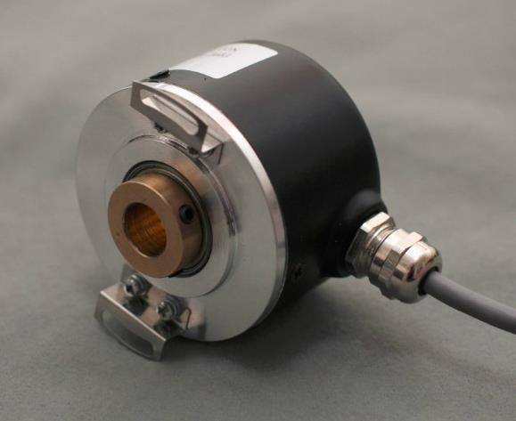 Free Shipping!  1pc 12mm Hollow Shaft Optical Rotary Encoder K6012 1024 Pulse 1024 Lines ABZ Phase 5-24V