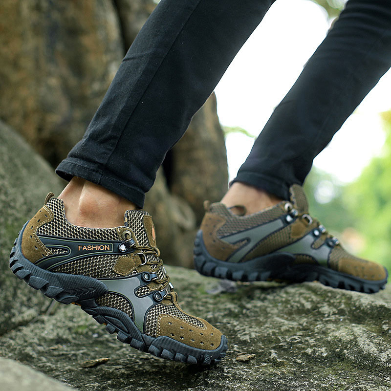 Genuine Leather men hiking shoes breathable waterproof men outdoor sneakers 2016 climbing mountains sport walking trekking shoes winter outdoor travel walking sport shoes genuine leather women breathable hiking shoes ankle boots climbing sneakers big size