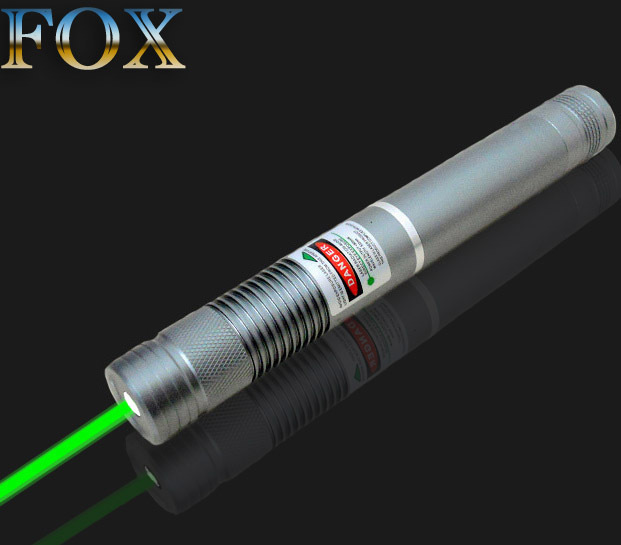 3ce373662db FOX--New 500mw Combustion Green laser pointer A lighted matchLight a  cigarette Cigarette lighter for fireworks Free shipping