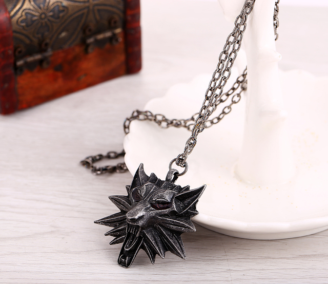 Witcher 3 The Wild Hunt 3 Figure Game medallion Wolf Head Necklace Pendant