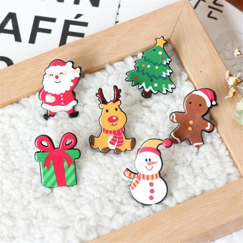 Lovely Cartoon Acrylic Pin On Santa Claus/Snowman/Tree/Gift Box/Elk/Doll Christmas Decorations Clothes Badges Brooch X-mas Decor