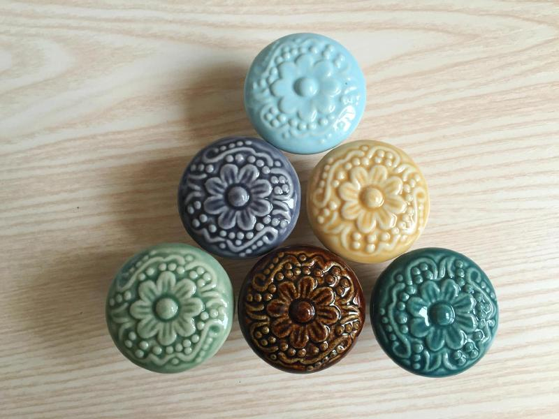 font ceramic cabinet knobs canada flowers kitchen uk