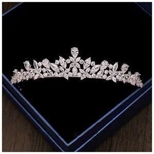 Image 2 - 2 pçs flor coroa conjunto acessório do casamento na moda zircon tiara colar strass coroa para noiva casamento pageant coroas