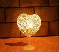 Moroccan Iron Heart Shape Hollow Out Candlestick Candle Holder TeaLight Holder Wedding Home Decoration Candle Lantern