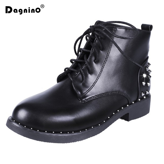2018 New Fashion Rivet Leather Martin Boots Women's Autumn And Winter Short Plush Ankle Boots Lace-Up Motocycle Women Footwears
