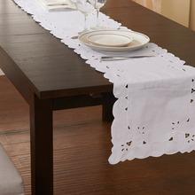 Biały stół biegacz rocznika ręcznie Chic Tablerunner przez cięcia pracy 100 bawełna podłużny 4 rozmiar tanie tanio VANNXINEMVM CN (pochodzenie) ENDLESS Haftowana embroidered Do hotelu 18300147