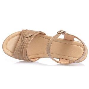 Image 2 - BEYARNE 2018 חדש בוהן פתוח סקסי קיץ נשים סנדלי עור אמיתי נעלי סנדלים בתוספת גודל נוח שטוח טריזי סנדלי