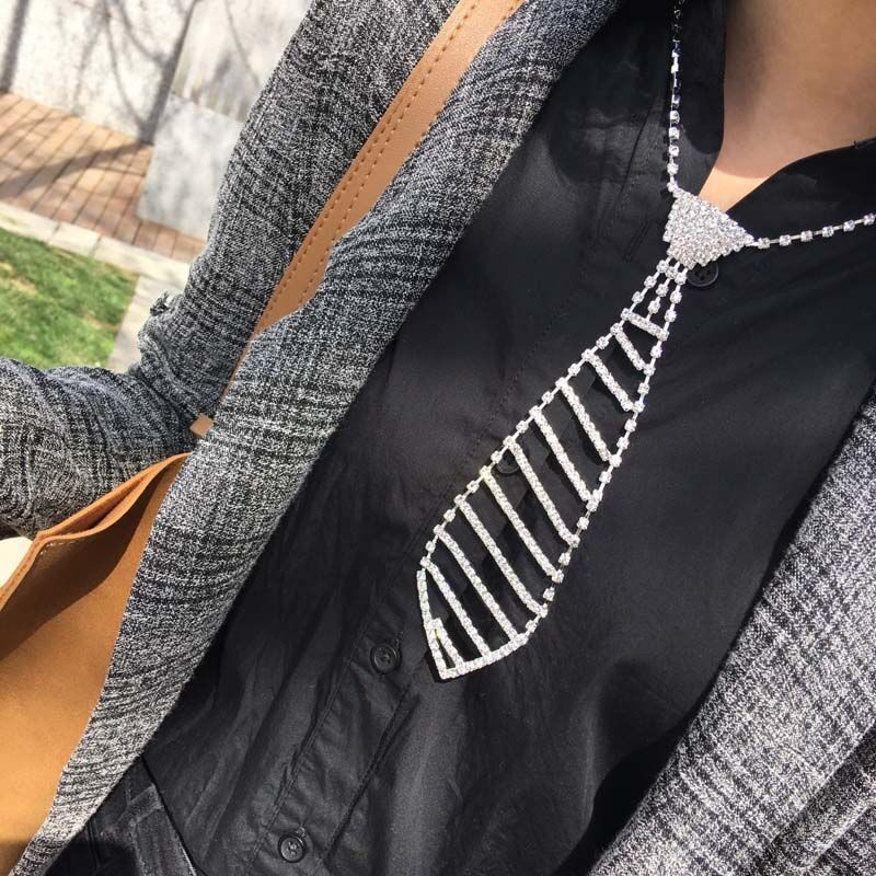 Fashion Sexy Glitter silver color Rhinestone crystal Necktie Necklace Prom Tie Shaped Necklace for Women 2019 New Trendy Jewelry in Pendant Necklaces from Jewelry Accessories
