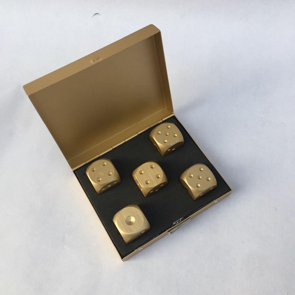 16 MM Aluminiumlegierung Würfel Set Silber / Gold Farbe Feste Dominosteine Trinken Glücksspiel Würfel Metall Fall Poker Zubehör Einzigartiges Geschenk