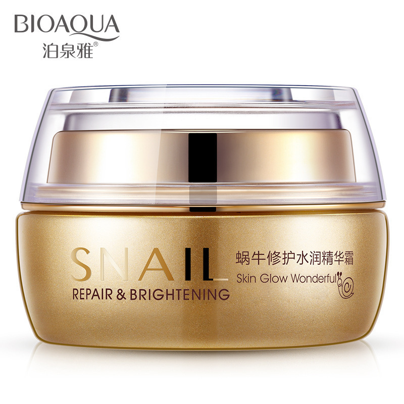 50g BIOAQUA Natural esencia Caracol crema Facial hidratante para blanquear la piel Anti envejecimiento aceite Control Shrink Pores cuidado de la piel