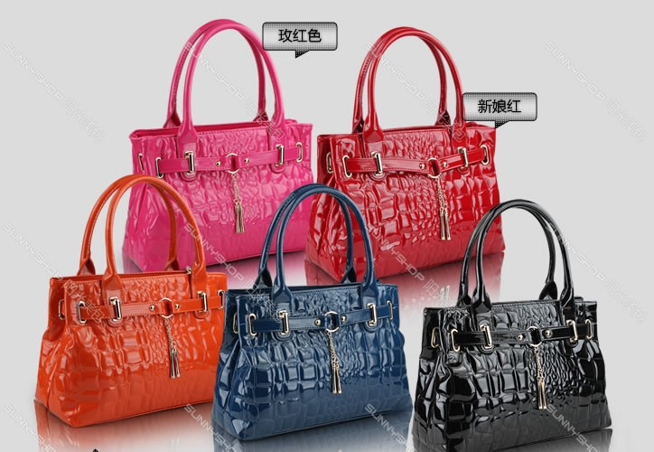 4abcbcc73d0c 2015 women handbag fashion women tote bag Crocodile Pattern Leather bag  bridal bag Women Messenger Bags bolsas ...
