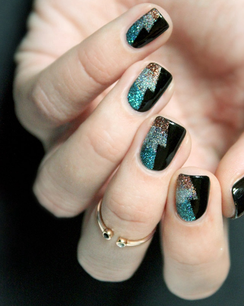 Sparking New Year's Party Nails Classic Nail Art Design