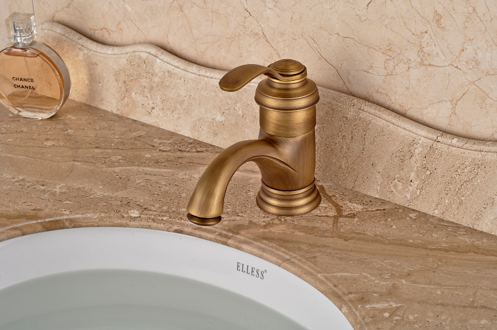 все цены на Luxury Antique Brass Bathroom Basin Faucet Deck Mounted Sink Water Mixer tap one handle онлайн