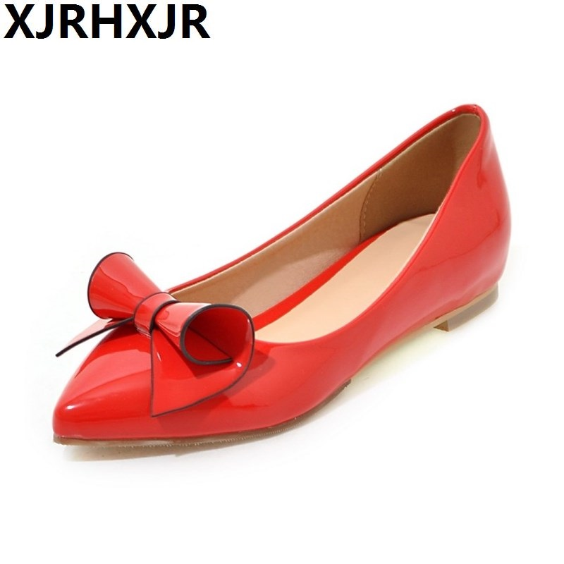 цены 2017 Women Comfortable Flats Low Heel Pointed Toe Causal Patent Leather Shoes Sweet Bowtie For Girl Ladies Shoes Big Size 32-43
