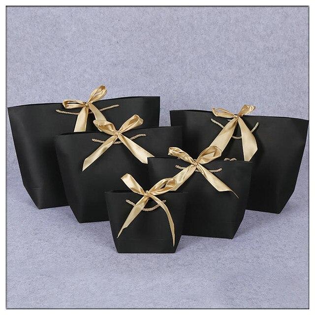 Tamanho grande Ouro sacos de Presente de casamento presentes Caixa De Sacos De Papel Kraft Saco De Papel Do Presente Para Pijamas Roupas de Vestuário embalagem bag logotipo personalizado