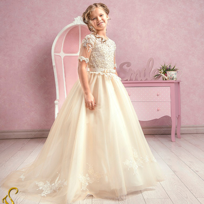 2017 New Flower Girl Dresses White/Ivory O-neck Ball Gown Lace Up Short Sleeves Appliques First Communion Birthday Gown Vestidos