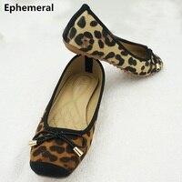 Phụ nữ giày phẳng vuông ngón chân cúi knot mềm duy nhất europqan và mỹ phong cách spike giày da báo in màu nâu vàng cộng với kích thước 43