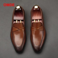 OMDE новые летние модные британский стиль официальная обувь Для мужчин платье лоферы из натуральной кожи Для мужчин Slip на обувь ручной работы