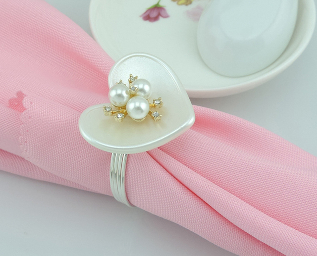 HI9148 Elegant Napkin Rings for Wedding Napkin Holders In Love Heart