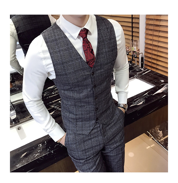 Men's plaid suit
