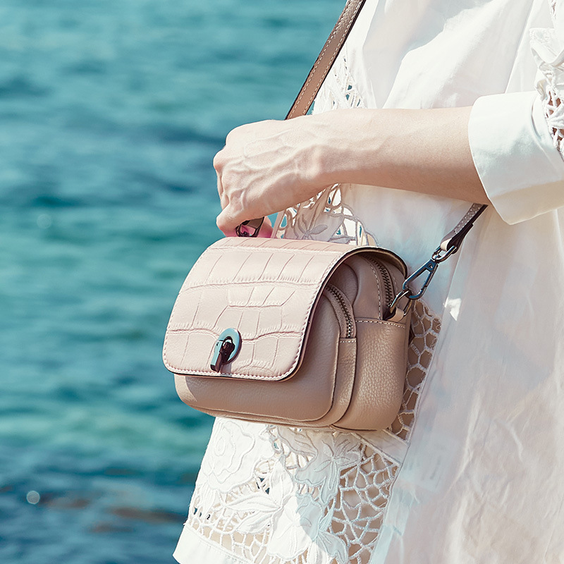 Zency New Fashion Top Layer Cowhide Leather Women Shoulder Bag Crocodile Pattern Flip Small Round Messenger White Black