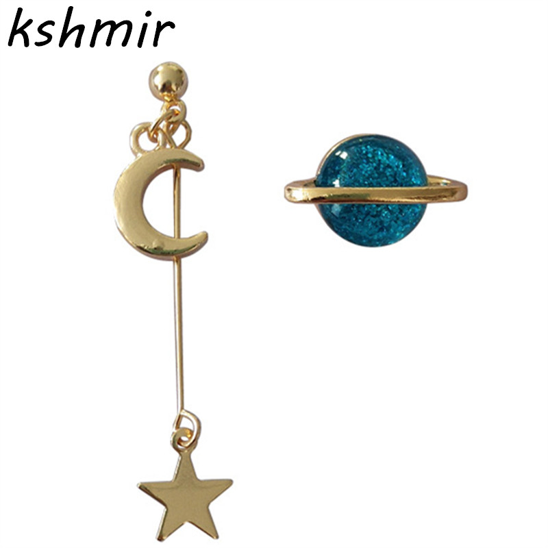 Han edition personality The stars the moon graphics earrings temperament of asymmetric  delicate
