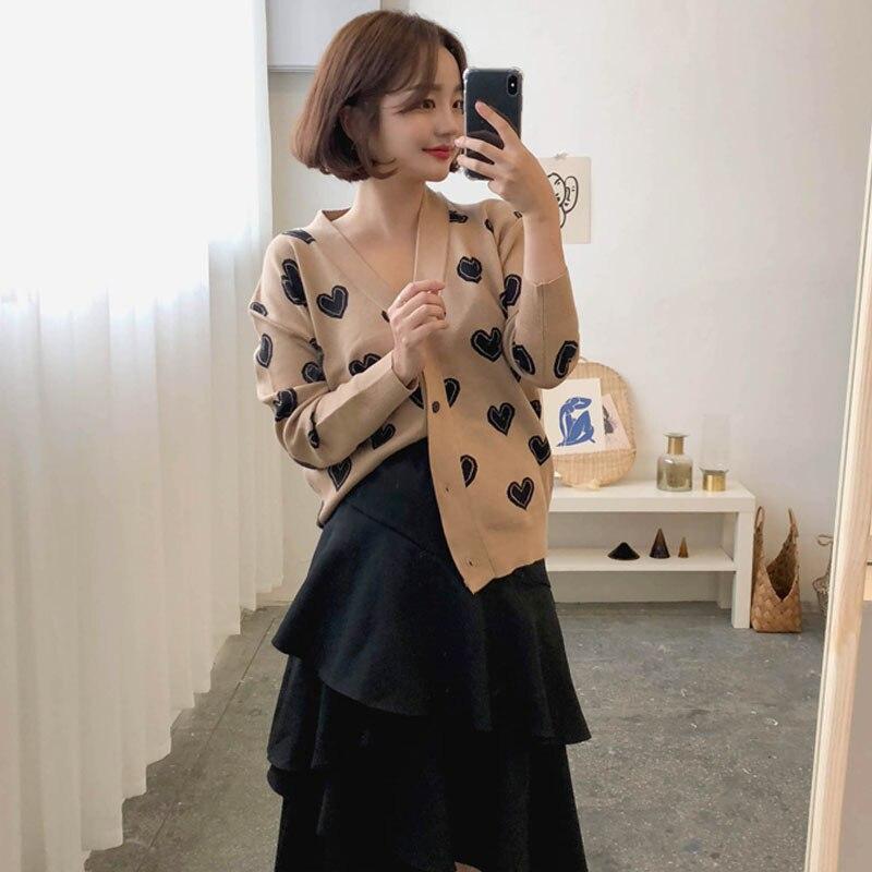 Женские корейские кардиганы свитера в форме Любви Женский v образный вырез однобортный длинный рукав трикотажная рубашка Повседневный эла
