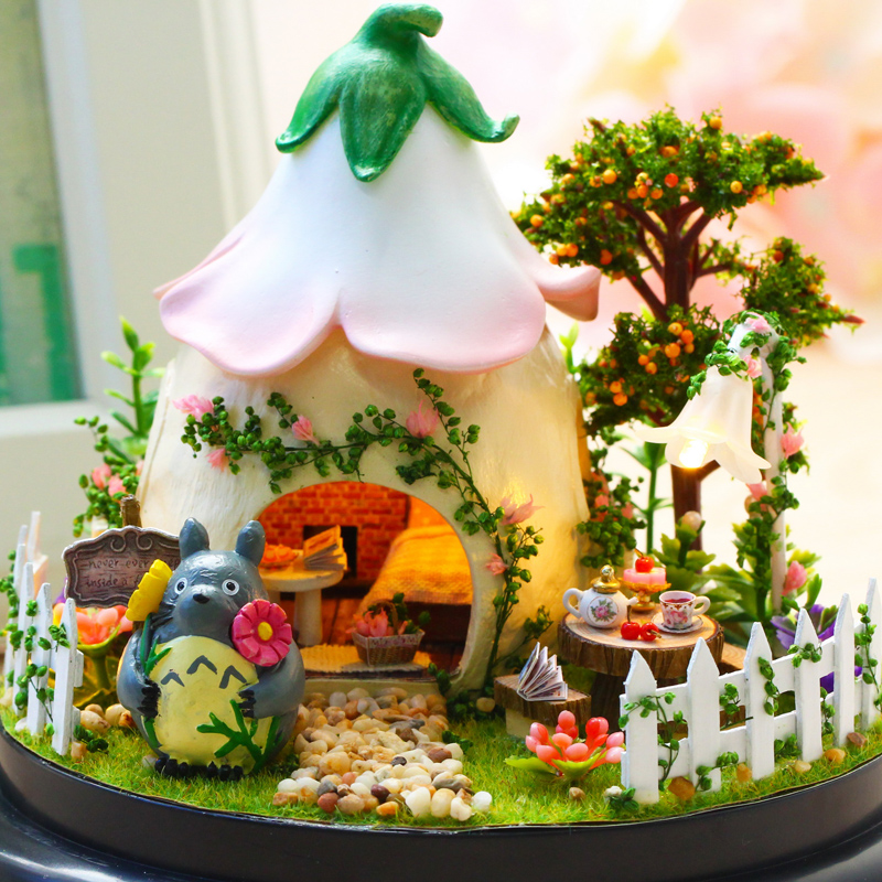 Happy Rabbit Glass Ball DIY Dollhouse