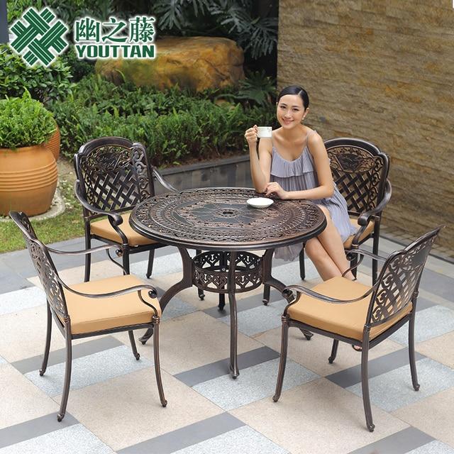 Fundición de aluminio muebles de la sala de estar informal al aire ...