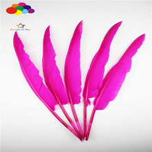 20PCS beautiful hunchback turkey feathers 14-16 inches / 35-40cm goose plum red DIY feather decoration process