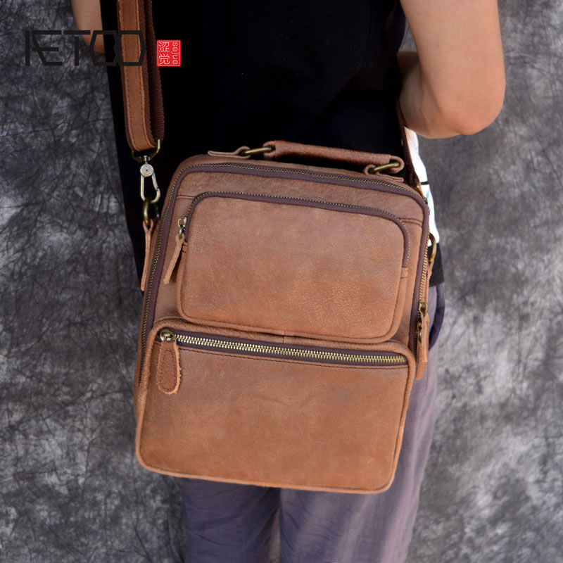 AETOO Original retro leather men s matte leather casual shoulder Messenger bag vertical models crazy horse